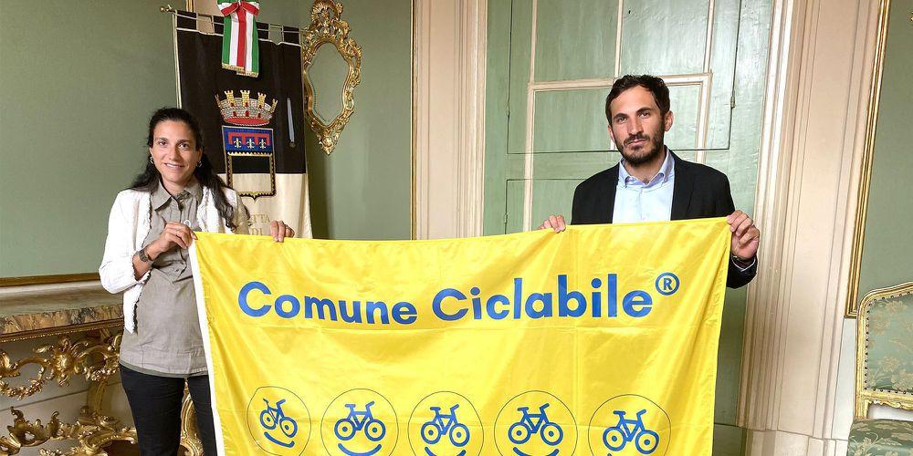 """A Cesena la bandiera di """"comune ciclabile"""""""